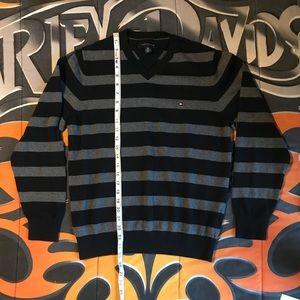 Tommy Hilfiger sweaters 2 size Sm